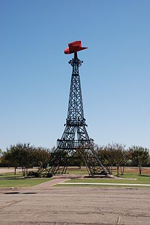 Eiffel Tower Replica Paris Texas DSC 0602 ad.JPG