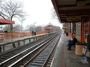 Eltingville (Staten Island Railway station) - Platforms