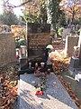 Eman Fiala-hrob, Hřbitov Malvazinky 91.jpg