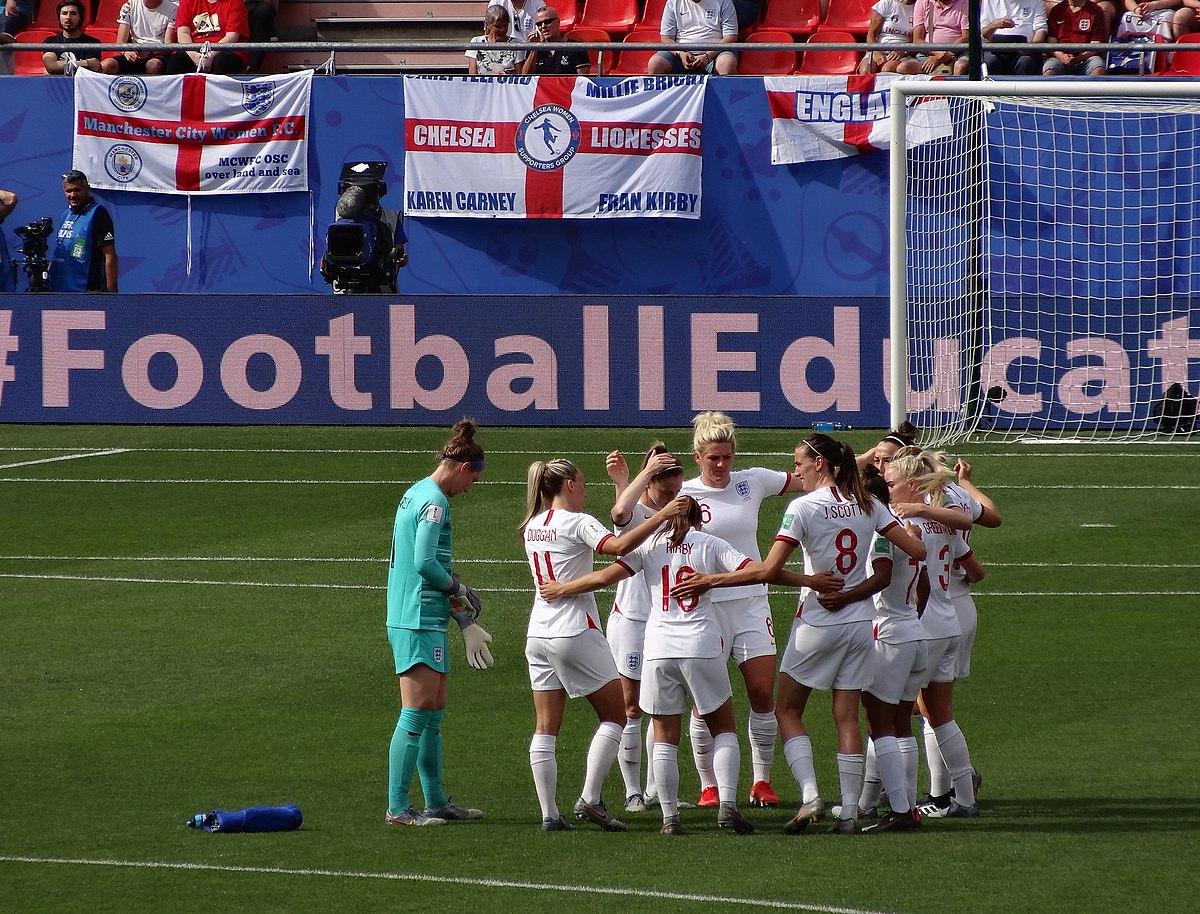 Women's football in England - Wikipedia
