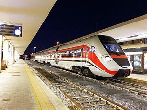 Cagliari railway station - Image: FS ATR 365 003 (Cagliari)