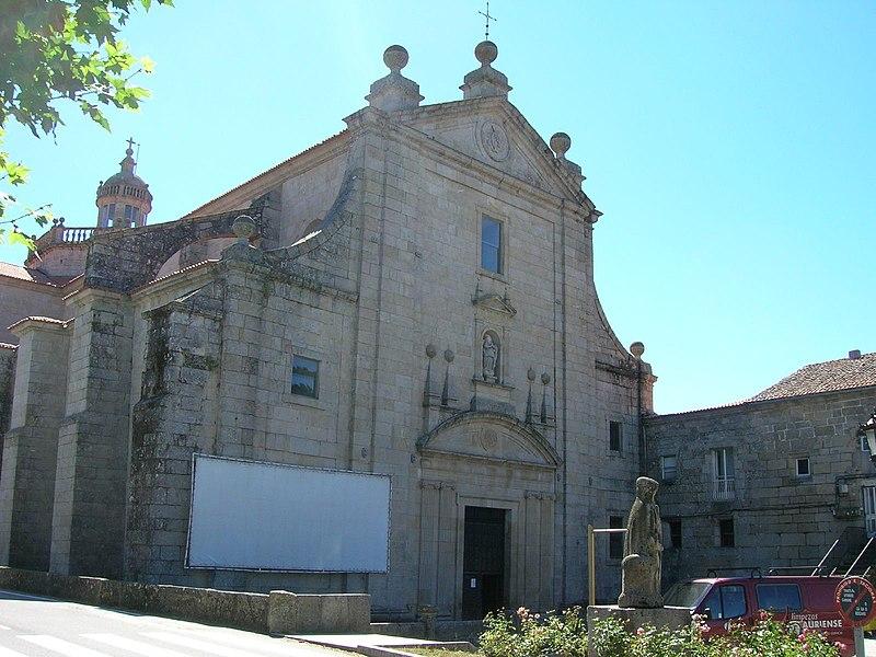 Fachada igrexa mosteiro de montederramo.jpg