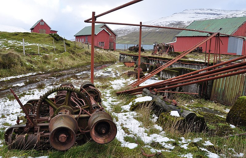 File:Faroe Islands, Streymoy, abandoned whaling station at Við Áir (1).jpg