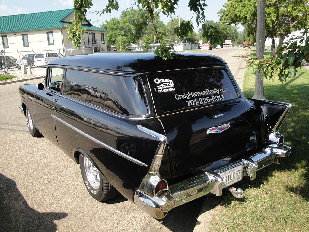 File:Flickr - DVS1mn - 57 Chevrolet Panel Sedan Delivery (1).jpg ...