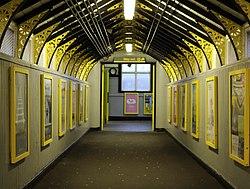 Footbridge, Birkenhead Central 4.jpg