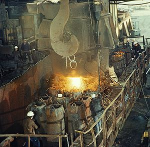 Ingot - Teeming ingots at a steel mill