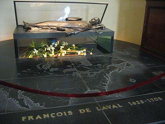 Cathedral-Basilica of Notre-Dame de Québec - Image: François de Laval tomb