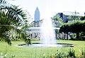 Frankfurt am Main, Palmengarten, Blick zum Messeturm.jpg