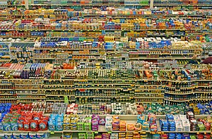 Hypermarket - Packaged food aisles at a Fred Meyer hypermarket in Portland, Oregon