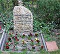 Friedhof Schmargendorf - Grab Robert Zander.jpg