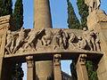 Fris del Monument a Verdaguer - Relleu 4 de 6 - Escena de lluita amb guerrers de gust clàssic (Poesia Èpica).JPG