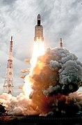GSLV Mk III M1, Chandrayaan-2 Lifting off 04.jpg