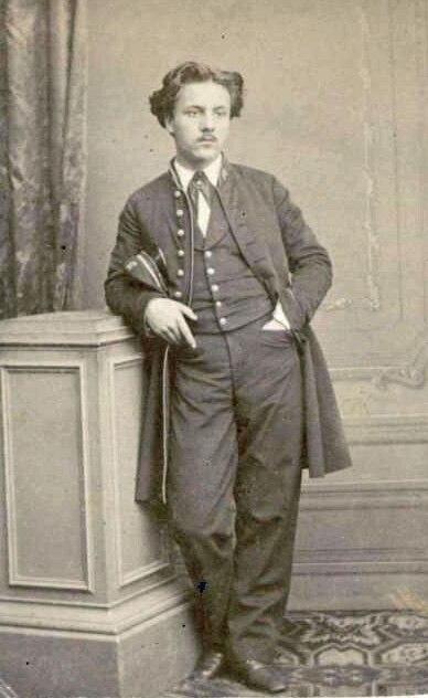 Gabriel Fauré en uniforme de l'Ecole Niedermeyer