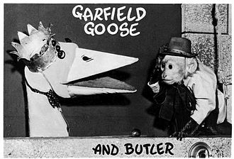 Garfield Goose and Friends - Geronimo, the butler, arrives: Thanksgiving Day, 1953.