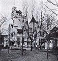 Gaststätte Jägerhaus, Ludenberger Straße 1 in Düsseldorf, erbaut durch P.P. Fuchs, erweitert im Jahre 1902, Gartenansicht.jpg