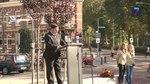 File:Gedenksteen Jan van Hoof ligt eindelijk op de goede plaats.webm