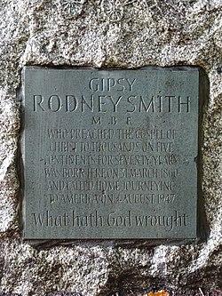 Gipsy rodney smith mbe memorial plaque (close)