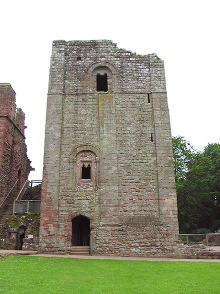 The keep at Goodrich, an example of the style of fortification slowly beginning to replace wooden motte and bailey castle design by the late 1130s Goodrich Castle keep1.jpg