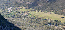 Grampians Halls Gap from Pinnacle Crop - Nov 2008.jpg