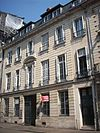 Hôtel 28, rue de Crosne.jpg