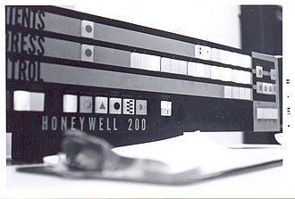 Honeywell 200 - Closeup of system console. After a program was loaded, the value of individual memory locations could be altered using the console buttons.