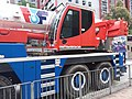 HK 牛頭角道 Ngau Tau Kok Road blue Liebherr crane truck parking November 2018 SSG 03.jpg