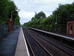 Halewood railway station - Image: Halewood railway station in 2006
