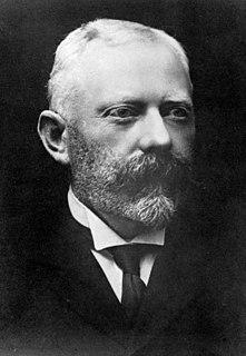 Harold Beauchamp banker