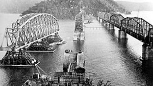 Hawkesbury River Railway Bridge - Original and replacement under construction, circa 1945