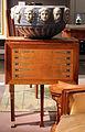 Henry cros per manifattura di sèvres, vaso da giardino i mesi (1900), su supporto di paul auscher, parigi 1911, 01.JPG