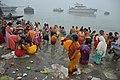 Hindu Devotees Taking Holy Dip In Ganga - Makar Sankranti Observance - Baje Kadamtala Ghat - Kolkata 2018-01-14 6555.JPG