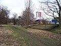 Hloubětín, most přes Rokytku za objektem Poděbradská 65a.jpg