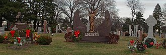 Holy Sepulchre Cemetery (Worth, Illinois) - Image: Holy sepulchre family plots