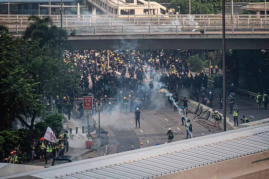 Hong Kong protests - Kwong Tong March 20190824 - P1066407-edit.jpg