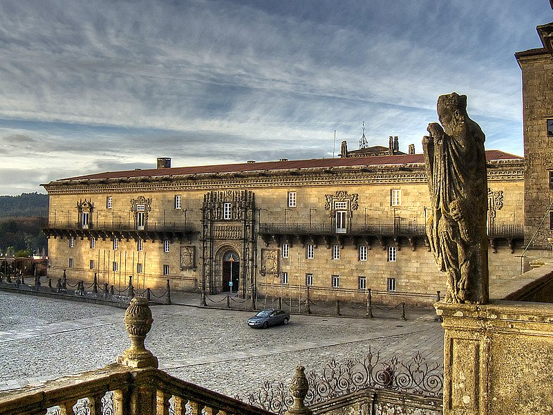 View of the central plaza of Santiago and the Hostal de los Reyes Catolicos