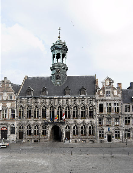 The town hall Hotel de ville de Mons.jpg