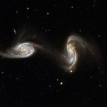 Hubble Interacting Galaxy NGC 5257 (2008-04-24).jpg