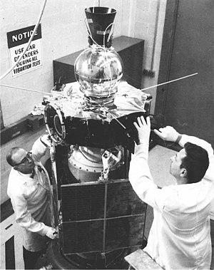 Explorer 35 - Image: IMP E