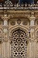 Jali Window on Toli Masjid.jpg