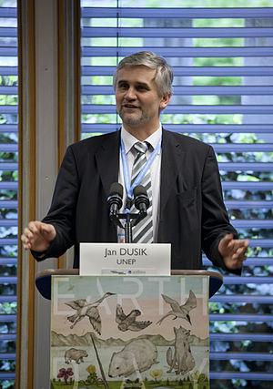 Jan Dusík - Image: Jan Dusik (UNEP) Delivers Remarks for Earth Day