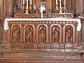 Jarnages église autel.jpg