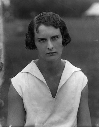 Joan Austin - Image: Joan Lycett 1927 cropped