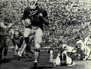 John Herrnstein - Herrnstein scoring a touchdown against USC, September 1958