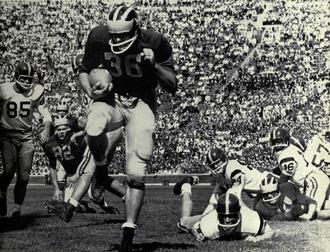 John Herrnstein - Herrnstein scoring a touchdown against USC, September 1958