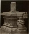 KITLV 28223 - Isidore van Kinsbergen - Linggam and Ioni at Yogyakarta - 1865-07-1865-09.tif