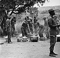 Kamp van Angolese Bevrijdingsbeweging FNLA in Zaire, nummer 9 leden van de bevri, Bestanddeelnr 926-6262.jpg