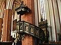 Konkatedra w Chełmży,późnorenesansowa ambona z 1604 r..JPG