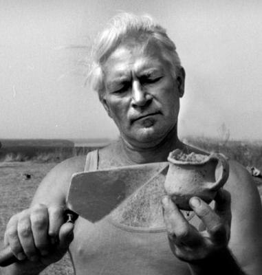 László Szekeres, archaeologist