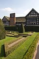 Little Moreton Hall 2015 03.jpg