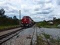 Locomotiva de comboio que saía sentido Boa Vista do pátio da Estação Engenheiro Acrísio em Mairinque - Variante Boa Vista-Guaianã km 167 - panoramio (1).jpg